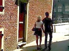 Hete meid: sex in Amsterdam threesome