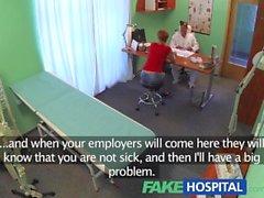 FakeHospital Seksi kırmızısı, işe koyulmak için hasta not için her şeyi yapar