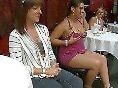 Hot meninas chupando pau