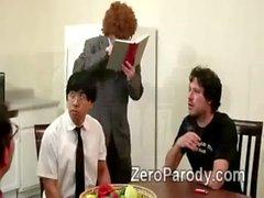 2 geile Hochschul Schönheiten die Vorteile der nerdy Schwanz in der Parodie