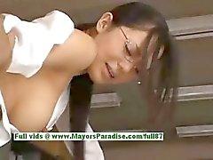 Sora Aoi tuhma Kiinan sihteeri nauttii saada kuseen välitunnilla aikaa