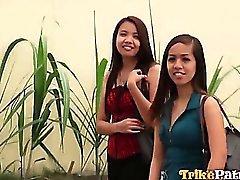 Cachonda Filipina de Aiza se pimped para el sexo de a su mejor amiga