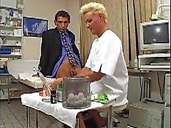 Saksan Milf Doctor