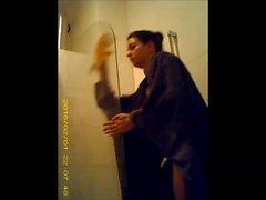 spiata in doccia