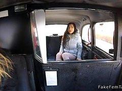 Hihna lesboa vittu fake taksi