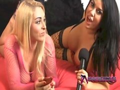 DANI O&#039_NEAL & a mp_ VICTORIA SUMMERS girl-girl action show