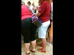 BBW ass 1