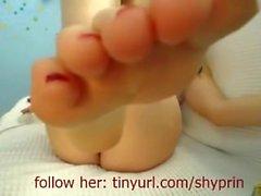 Foot Girl Clean Ass