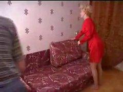Anne ve oğlu iş yerinde kadar babasının evde sikikleri