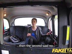 Falso Taxi tette naturali russa figa pelosa