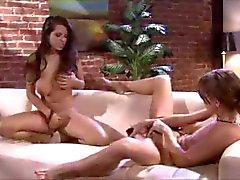 Hot lesbot masturboi