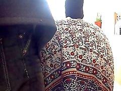 British mogen amatör lyfter sin kjol för panty kul
