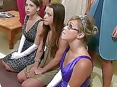 Russische tieners hazed 4 Amerikaanse studentenvereniging