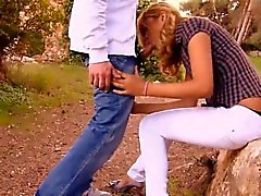 Country Blond Lèche Dick And Bang de en public