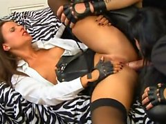 kinky bitches Suzie Diamond and Claudia Rossi get dominated