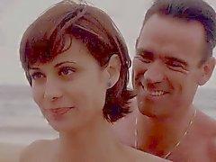 Catherine Bell JAG S05 E15 Blauwe Bikini