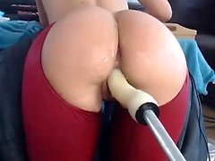 Busty natural stunner in high heels solo ass toying action