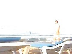 couple fuck like hell at the beach with everyone watching