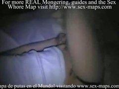 Una Colombiana mamandosela y cojida por un Americano
