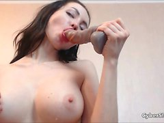 Beautiful Babe Squirting For the First Time