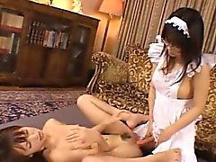 Футанари дева трахает Крошечный подросток !