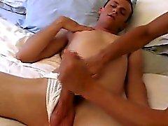 Homosexuell Sex Es war nicht lange, bis er komplett in meinen C quellen sein nehmen