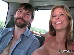 Amateure hot dude Reiten des boys Bus bekommt Homosexuell Blasen