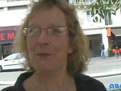 Francoise . Maman Pleine de Foutre