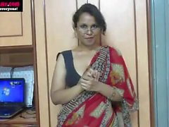 Indian Aunty Teaching sex-www-natalyadsouza-co