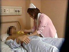Asya Hemşire Onun Hasta tarafından çarptım alır