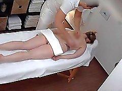 Massages Libertine vire au hardcore de MILF baise avec OR