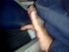 metiendo dedos casada bus (marido al lado) 2