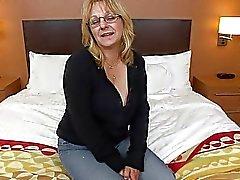 Master Nascar liebevollen Großmutter sucht Porno das erste Mal