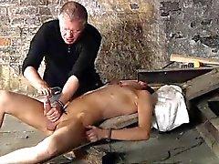 Herunterladen Masturbation 3gp junge Brite Chad Chambers