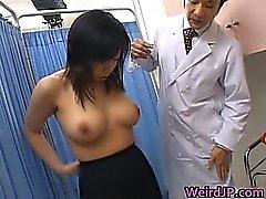 Asian Modellen bekommen ein perversen Sex