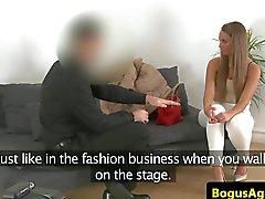 Gegossenen EUR creampied nach pussyfucked