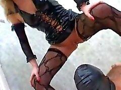 Los esclavos de tocador - 6