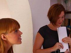 Marie McCray and Jodi Taylor Lesbian House Hunters