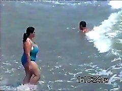 tetazas en la playa ( plaj )