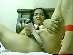 Mexican Amateur Woman Masturbating on WebCam