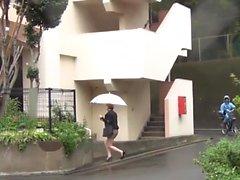 Kinky japanese hos peeing