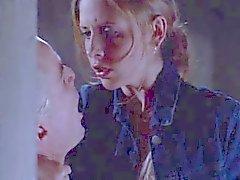 Sarah Michelle Gellar - Buffy Sex Scene sammanställning