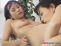 Giapponese Lesbo potabile latte materno