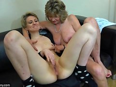 OldNannY Horny Sexy grand-maman lesbienne Compilation