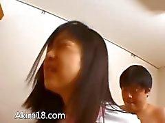 Hairy licking la fica e il fottuto Korean