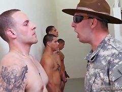 Naken homosexuell militärtjänst volleyboll tumblr till någon borra sergeant !