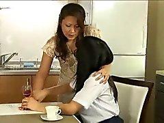 Futanari Мать с девушкой Часть 1 из 4