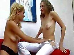 Stillende Lesbians