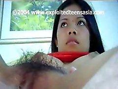Cute jeunes Filipino étudiant amateurs Mary se fait défoncer à son buisson velue