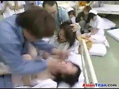 Bir Hastanesinde Lanet olası Yaramaz hemşire